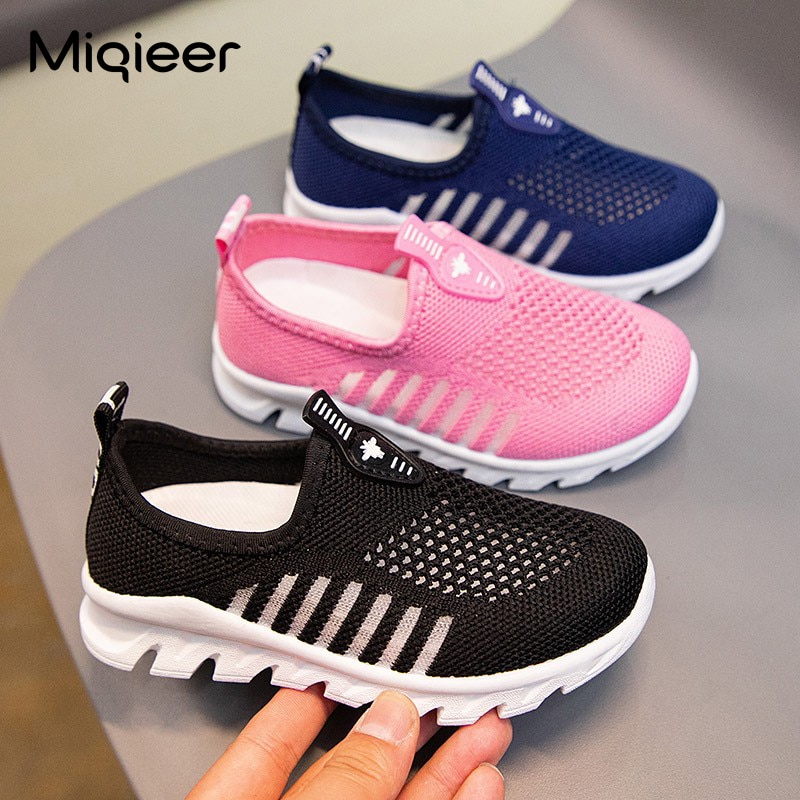 Fashion Children Casual Sneakers For Boys Girls Breathable Mesh Hollow Sports Shoes Soft Non-slip Walking Lightweight Sneakers 2020 spring leisure women sneakers breathable outdoor walking non slip jogging lightweight shoes fashion female sneakers