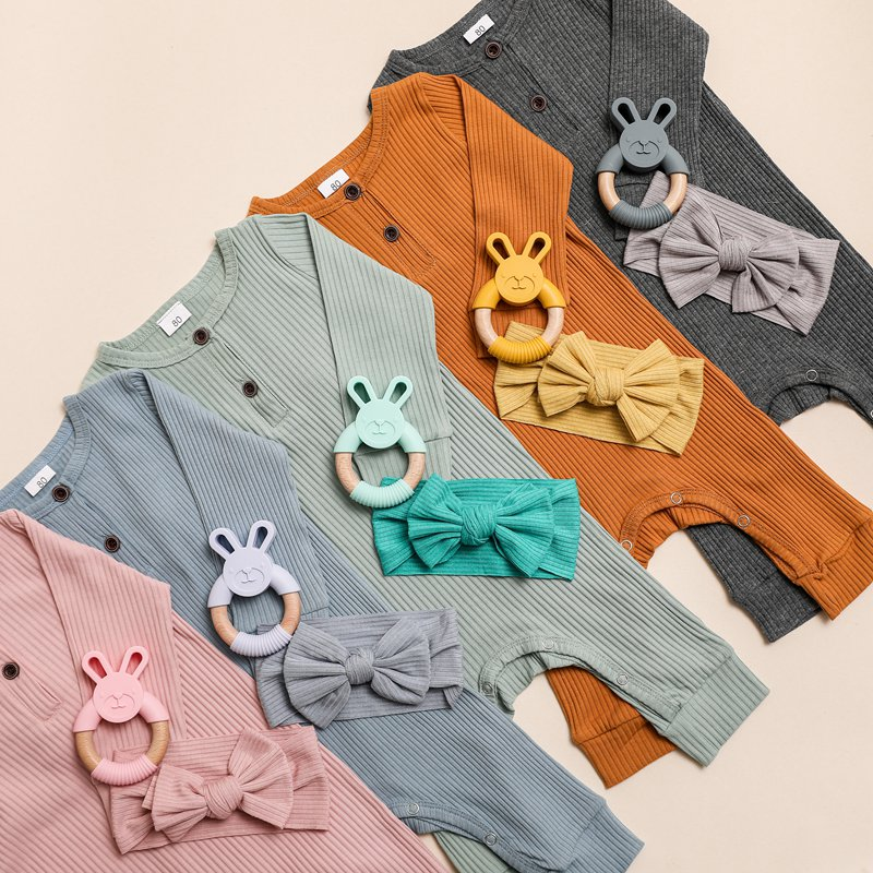 Baby photography props Summer Unisex Newborn Baby Clothes Solid Color Baby Rompers Cotton Long Sleeve Bandana Teether Set
