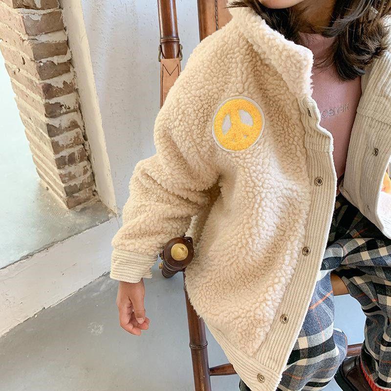 Детские зимние куртки для маленьких мальчиков и девочек, утепленные пальто из овечьей шерсти, Корейская Вельветовая теплая Двусторонняя куртка для малышей-3