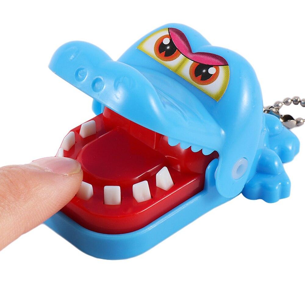 2017 hot crocodile jokes mouth dentist bite finger game joke fun funny crocodile toy antistress gift kids child family prank toy 1 pcs New Small Size Crocodile Mouth Dentist Bite Finger Game Funny Gags Practical Jokes Toys Novetly Toy For Kids Gift Hot Sale