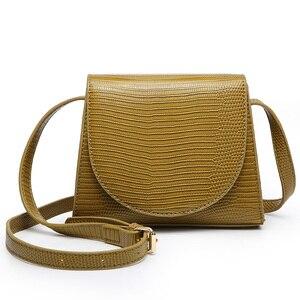 Luxury 2020 New Arrival Lizard Saddle Shoulder Bag Leather Semi-circular Bag Fashion Shoulder Messenger Bag