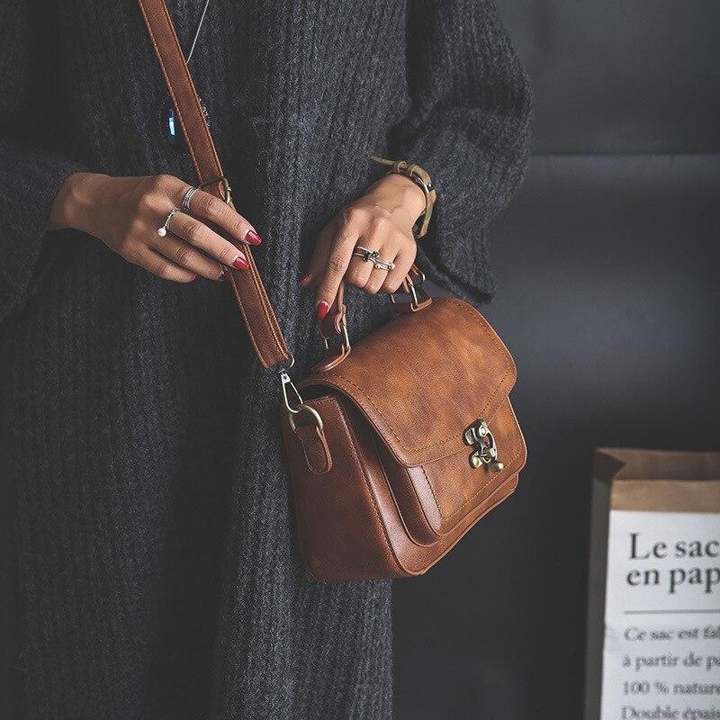حقيبة قلاب صغيرة ريترو من جلد البولي يوريثان للنساء ، حقيبة كتف بنية غير رسمية بلون عادي ، MD0254