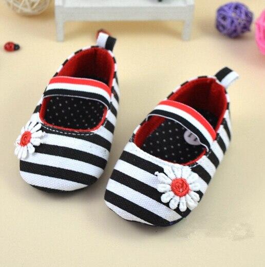 Alta calidad 2020 moda bebé primeros zapatos de andar niños niñas bebé fiesta bailarina zapatos infantil 3D flor rayas zapatos Casuales