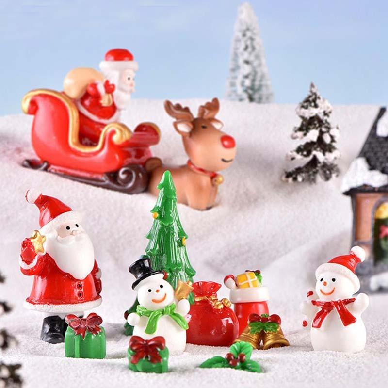 Casa de muñecas en miniatura árbol de navidad regalo de muñeco de nieve caja de decoración ornamento trineo Micro Paisaje de nieve escena de Navidad decoración para el hogar