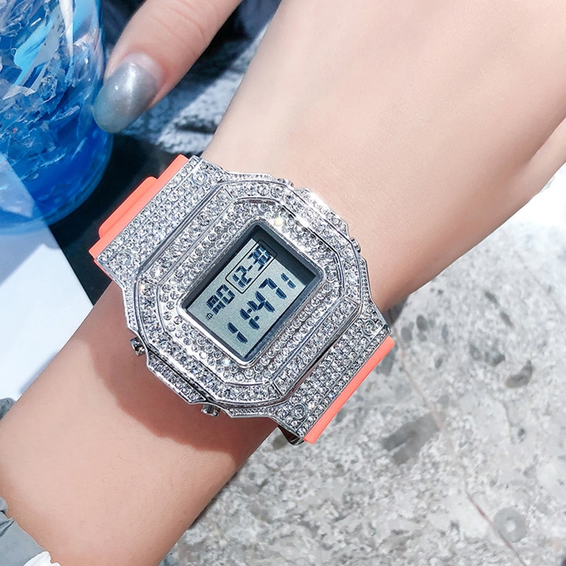 The new square diamond trend full diamond electronic watch large dial sports luminous middle school student watch female enlarge