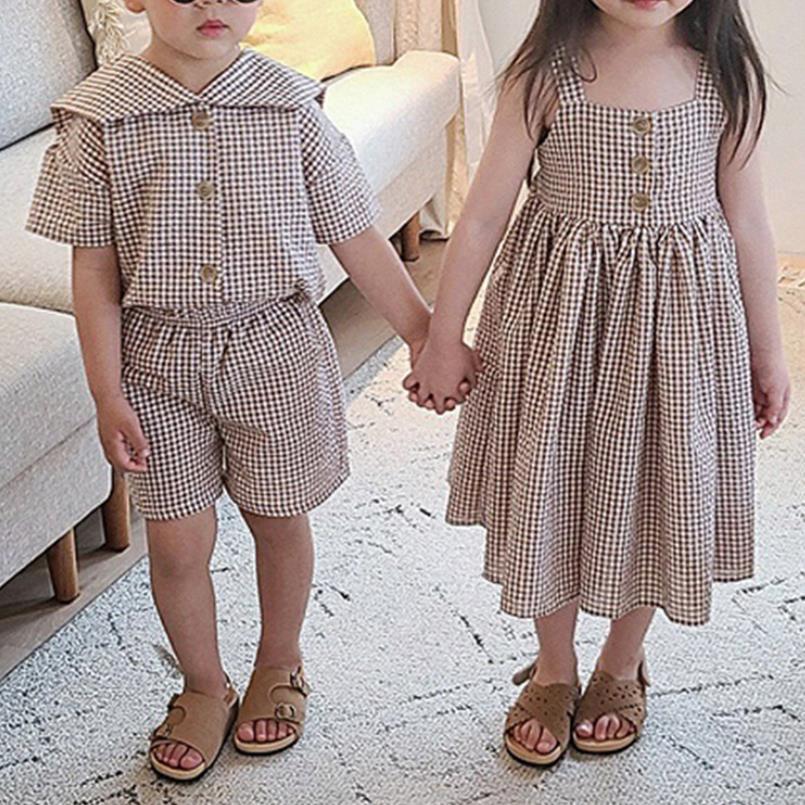 مجموعة ملابس شقيق شقيق للأطفال لصيف 2021 طقم ملابس أطفال للأولاد فساتين كورية منقوشة على الموضة للبنات L963