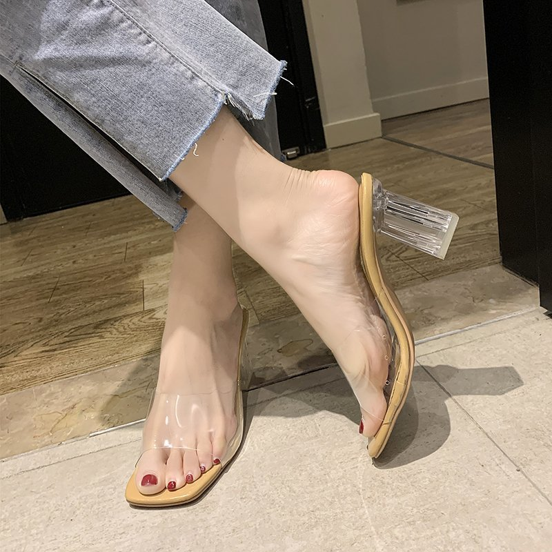 Transparent high heels New summer 2021 Outdoor women's slippers Thick heel sexy sandals Latest fashion Crystal Slipper 43 yards