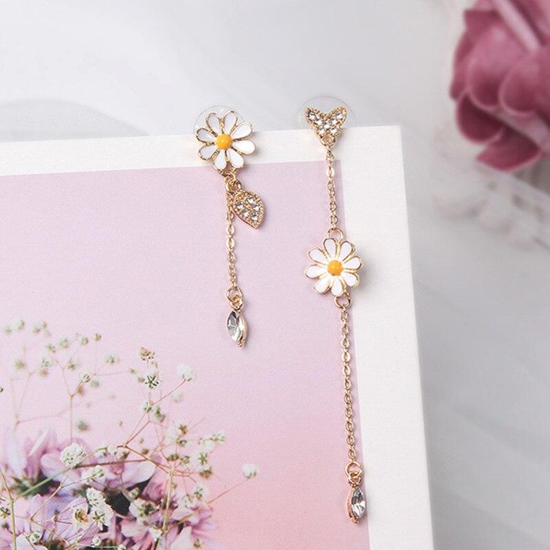 Mwsonya coreia do amor coração strass pequena daisy flor brincos pingente de cristal feminino brincos menina com brincos longos