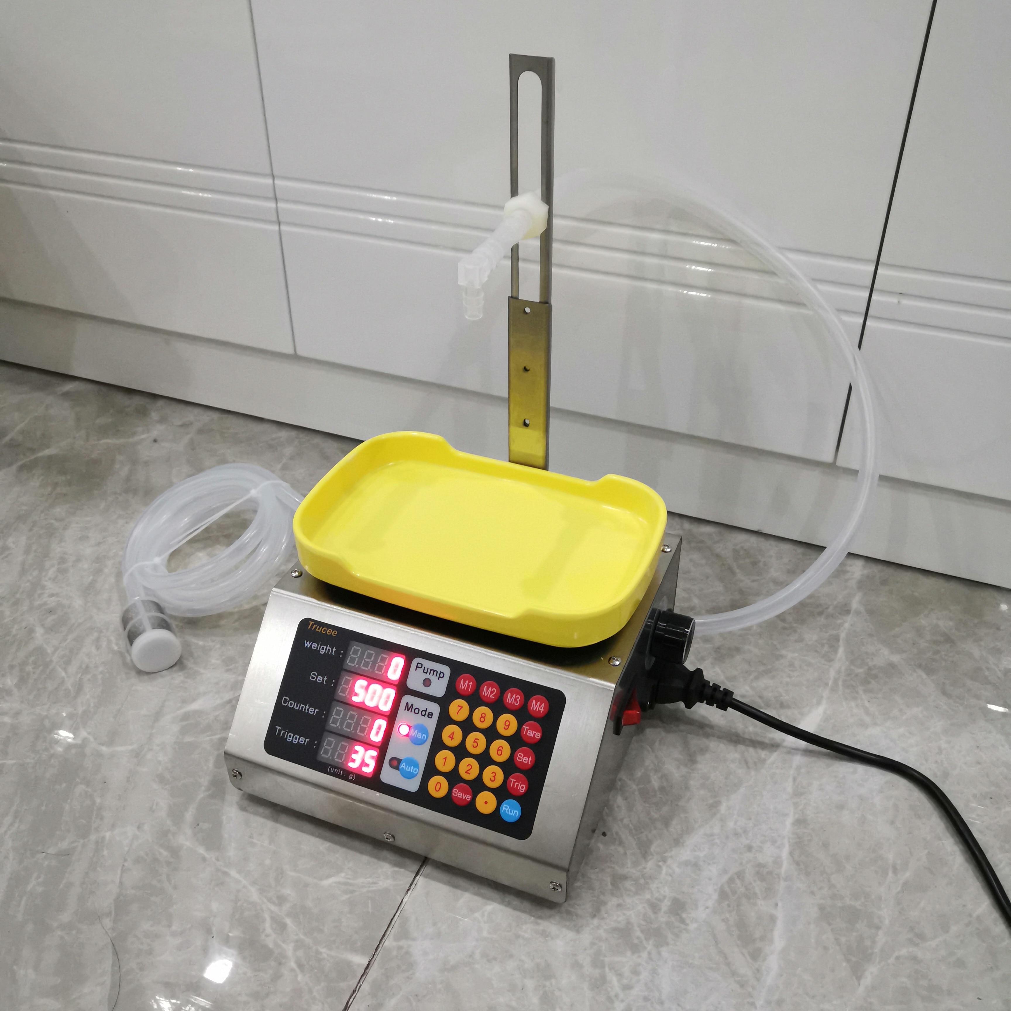 وزنها التلقائي السائل الكمي ماكينة حشو 110 فولت-240 فولت