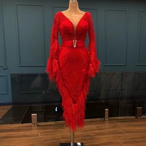Luxury Feathers Red Short Evening Dress Mermaid Tea Length Lace Long Sleeves Prom Dresses Saudi Arabia Dubai V Neck Formal Gowns