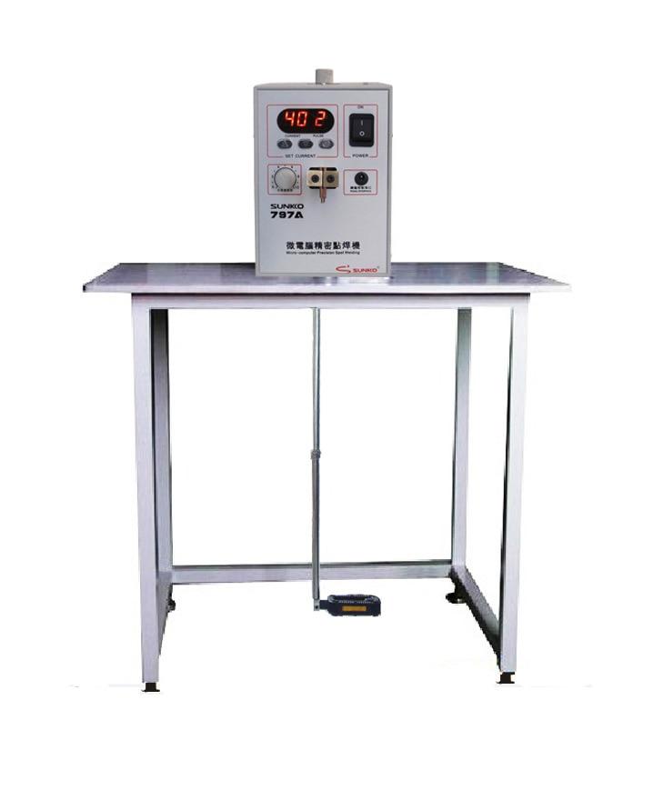 SUNKKO HOT SALE 797A 18650 foot pedal-controlled, battery spot welding touch welder battery welding machine enlarge