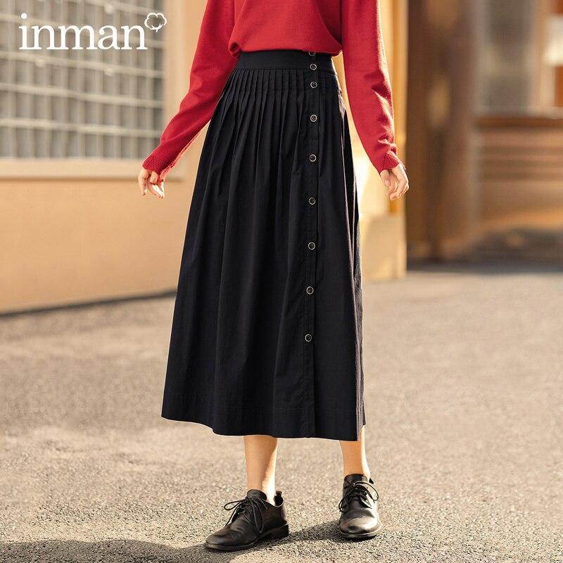 Inman 2020 outono chegada nova cintura elástica botão decorativo pingente pregas saia literária