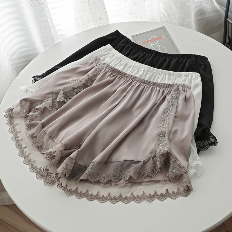 2020 Satén de tamaño grande gatito sedoso cintura elástica Mujeres Casa dormir chándal pantalones cortos Pijama de dormir pantalones cortos