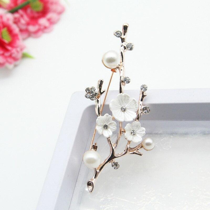 Hecho a mano Natural ciruela flor broches pines para mujer Vintage agua dulce perla broche ramo para la boda fiesta