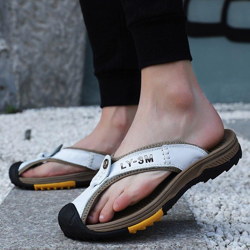 Antiderrapante ao ar Sapatos de Praia Couro Cabeça Flip-flop Sandálias Verão Nova Plataforma Livre Hip Flip-flops Chinelos Masculinos Respiráveis 2021