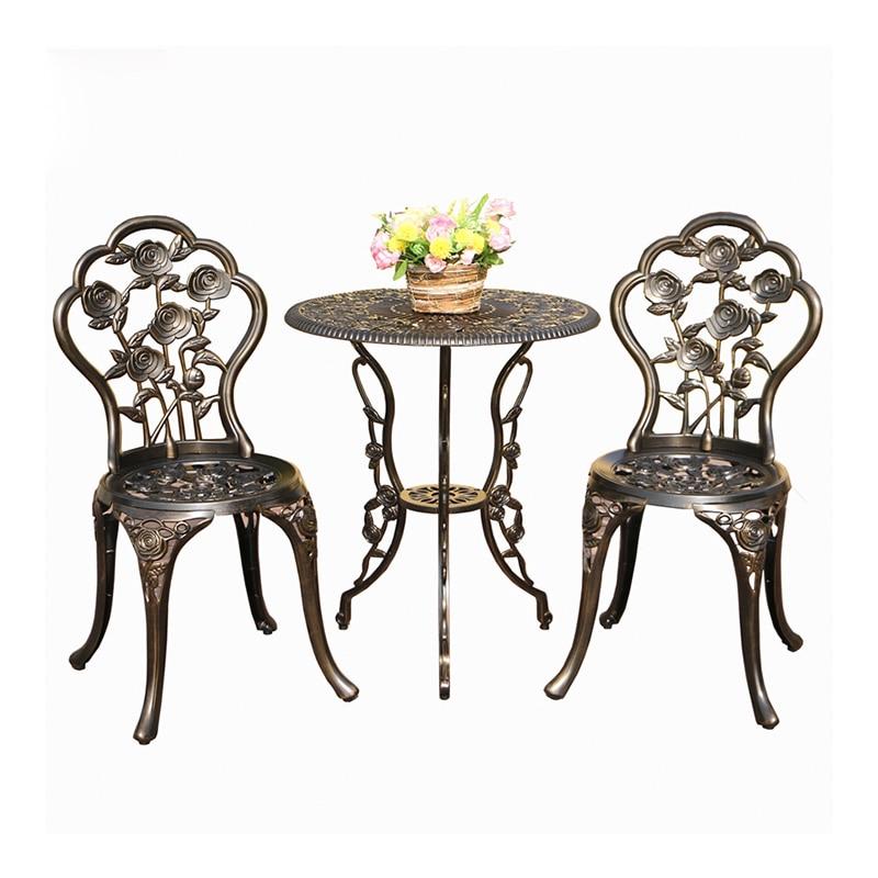 النمط الأوروبي في الهواء الطلق شرفة يلقي الألومنيوم طاولات وكراسي ثلاث قطع في الهواء الطلق حديقة حديقة الحديد كرسي القهوة والجدول