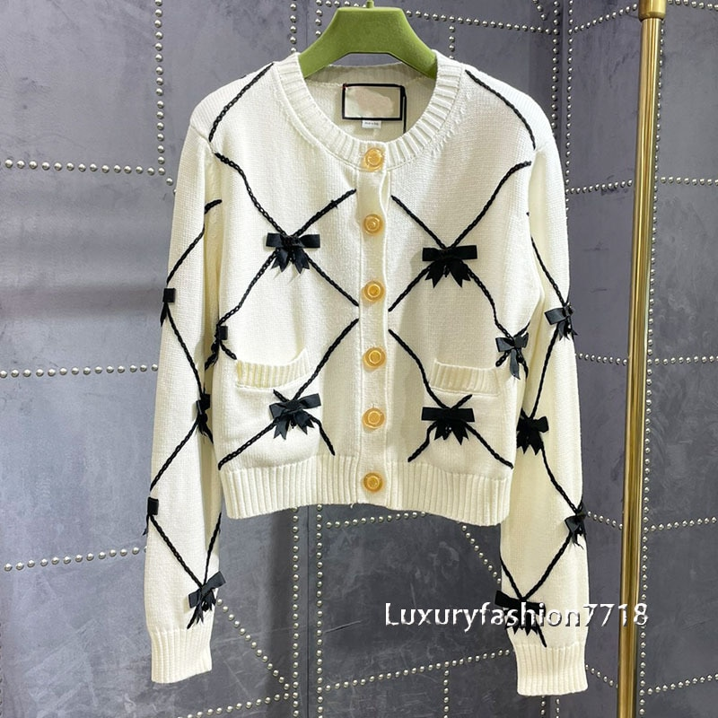 Luxury design 2021 women high quality new cardigan knitted embroidery logo long sleeve cardigans buttons woman sweater sweaters enlarge