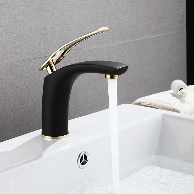 Дешевый современный черный лаковый смеситель для раковины в ванной комнате