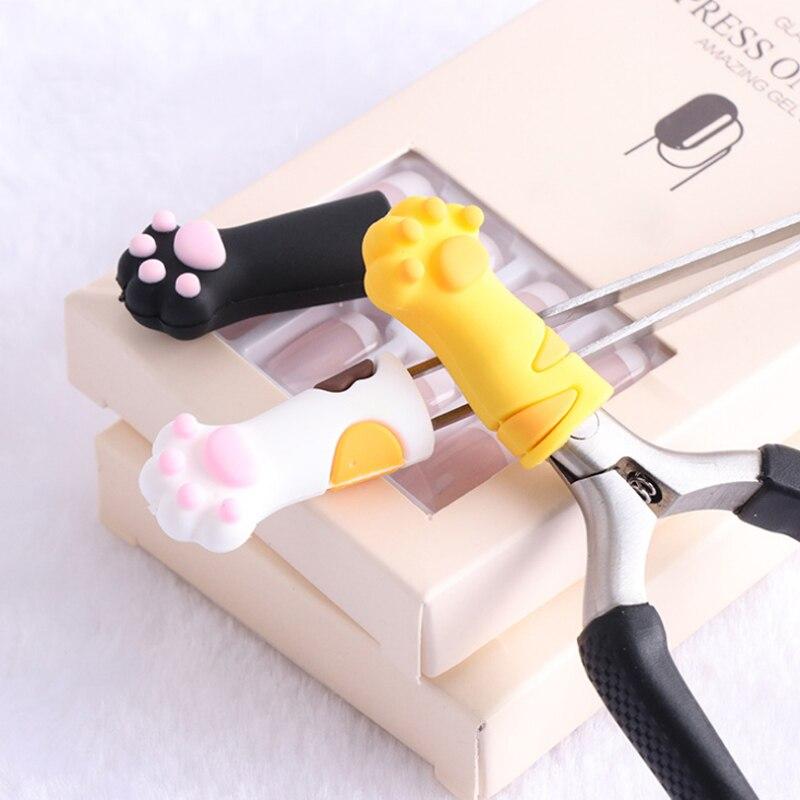 1 Uds Linda Pata de Gato diseña la cubierta de la pinza de la cubierta protectora para la cutícula de las uñas tijeras piel muerta pinzas Cap herramienta de manicura pedicura