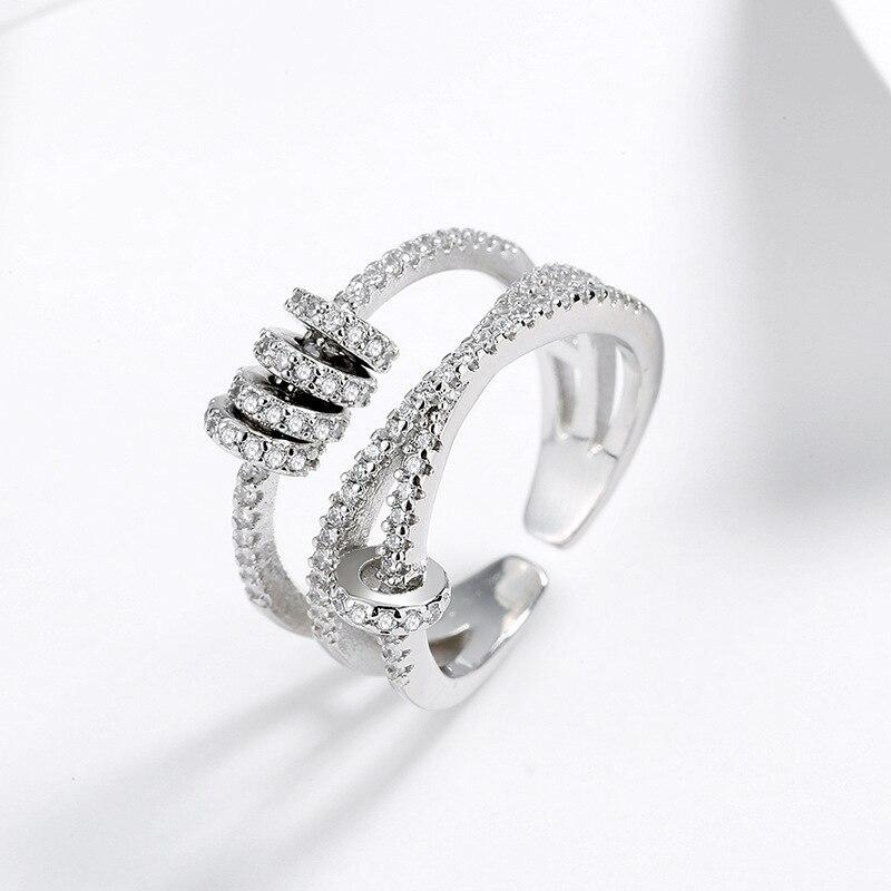 Женское-кольцо-из-серебра-925-пробы-с-фианитами