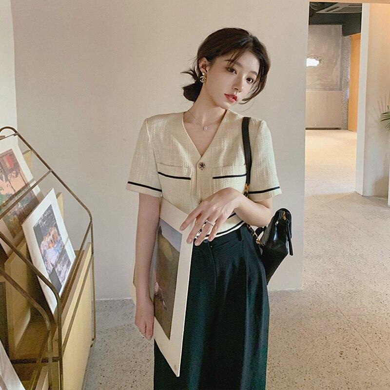 Dm4326 ريترو هونغ كونغ نمط شيك النمط الغربي الإنترنت المشاهير المقلية شارع الملح الحلو مكافحة الشيخوخة موضة قطعتين دعوى ل