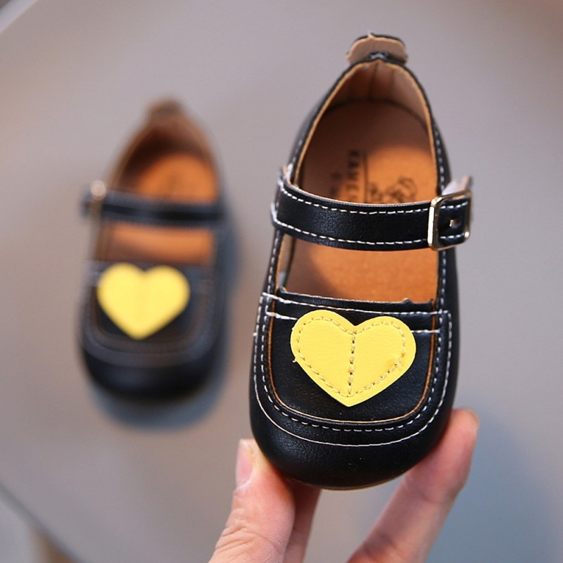 Autumn Girl First Walkers Baby Shoes Infant Girls Indoor Soft-Soled Heart-Shaped Princess Walking