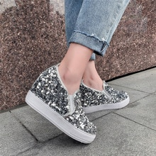Duże rozmiary 45 trampki na koturnie dla kobiet luksusowe Bling moda trampki Casual ukryte wysokie obcasy buty czarne srebrne wulkanizowane buty