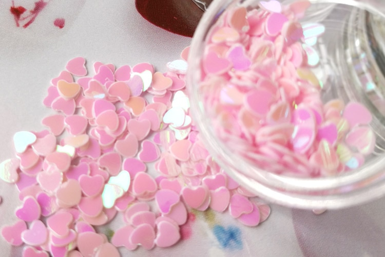 Crystal drops, solid heart sequins, flash powder, nail patch, manicure DIY ornaments, hand-filled material accessories