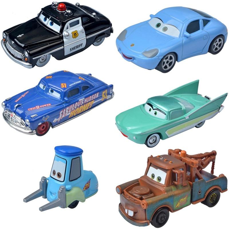 Модели автомобилей Disney Pixar Тачки 2 3 Pisten Cup Молния Маккуин шериф Док Хадсон матер 1:55 литая модель автомобиля игрушки для мальчика подарок на д...