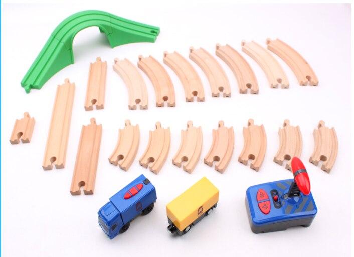 Múltiples métodos DIY arco puente de madera pista de Control remoto manga de montaje Compatible con tren magnético de madera rompecabezas de juguete