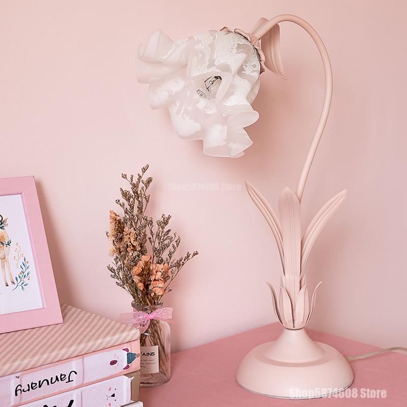 Lámpara Led rosa de cristal para jardín de estilo europeo, lámpara de mesa para dormitorio, tocador, restaurante, Bar, cafetería, iluminación decorativa