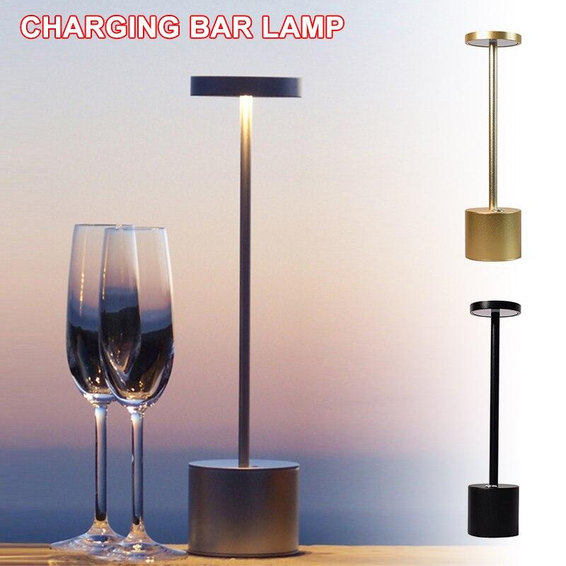لمبة مكتب LED قابلة للشحن ثلاثة أوضاع لمبة مكتب المحمولة مع وظيفة حماية العين المستخدمة في البارات المطاعم المحمولة المنزل