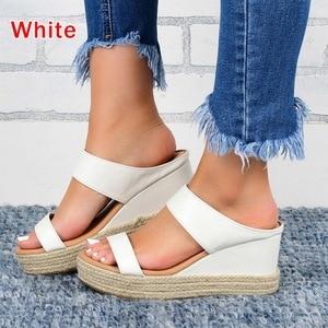 2020 Women Sandals  Summer Thick Bottom Sandals Leather Women European American Style Ladies Shoes  Print Sandals