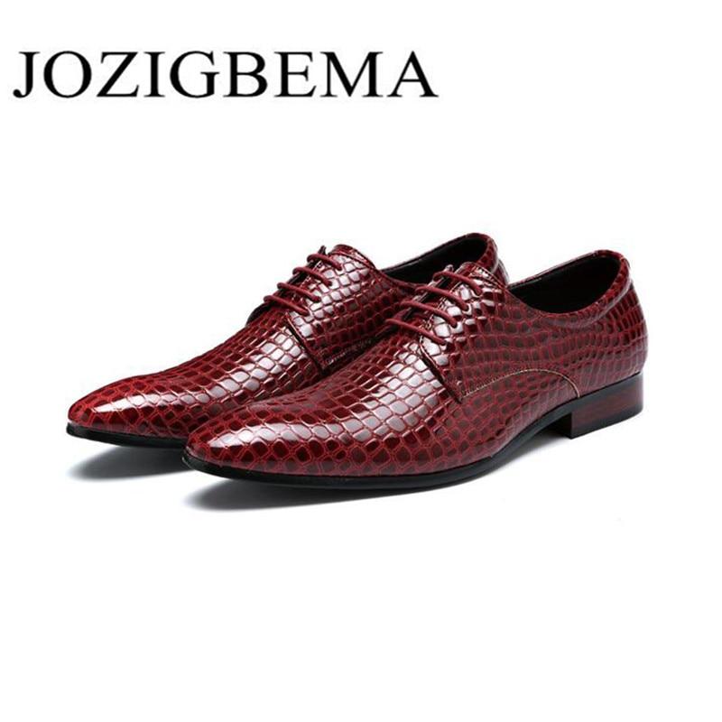 Nuevos zapatos de cuero de grano de serpiente hombres Oxford zapatos de encaje Casual de negocios hombres zapatos puntiagudos marca boda hombres vestido zapatos