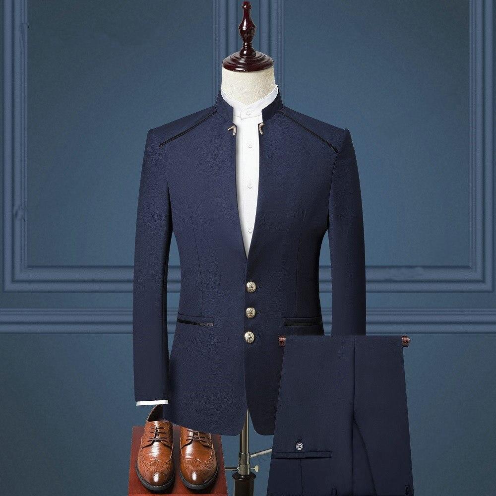 بدلة رجالي ضيقة باللون الأزرق الداكن بتصميم أنيق مع سروال بدلة لحفلات الزفاف للرجال والرعاة