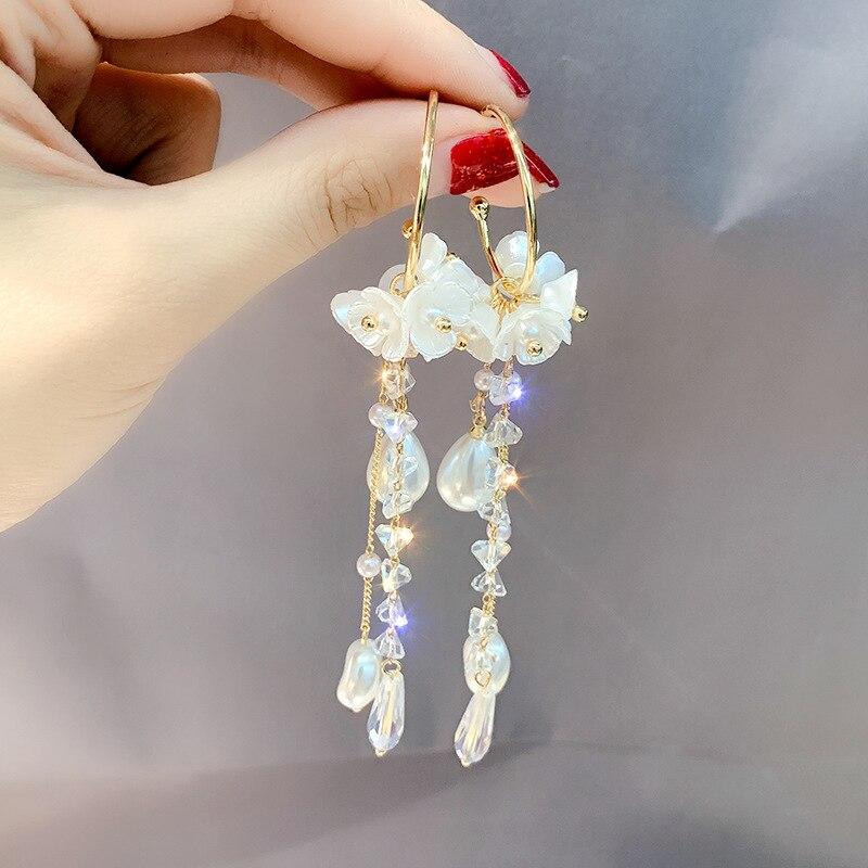 Pendientes largos de perlas de pétalos, Pendientes colgantes de moda, pendientes coreanos de moda, el mejor regalo para mujeres