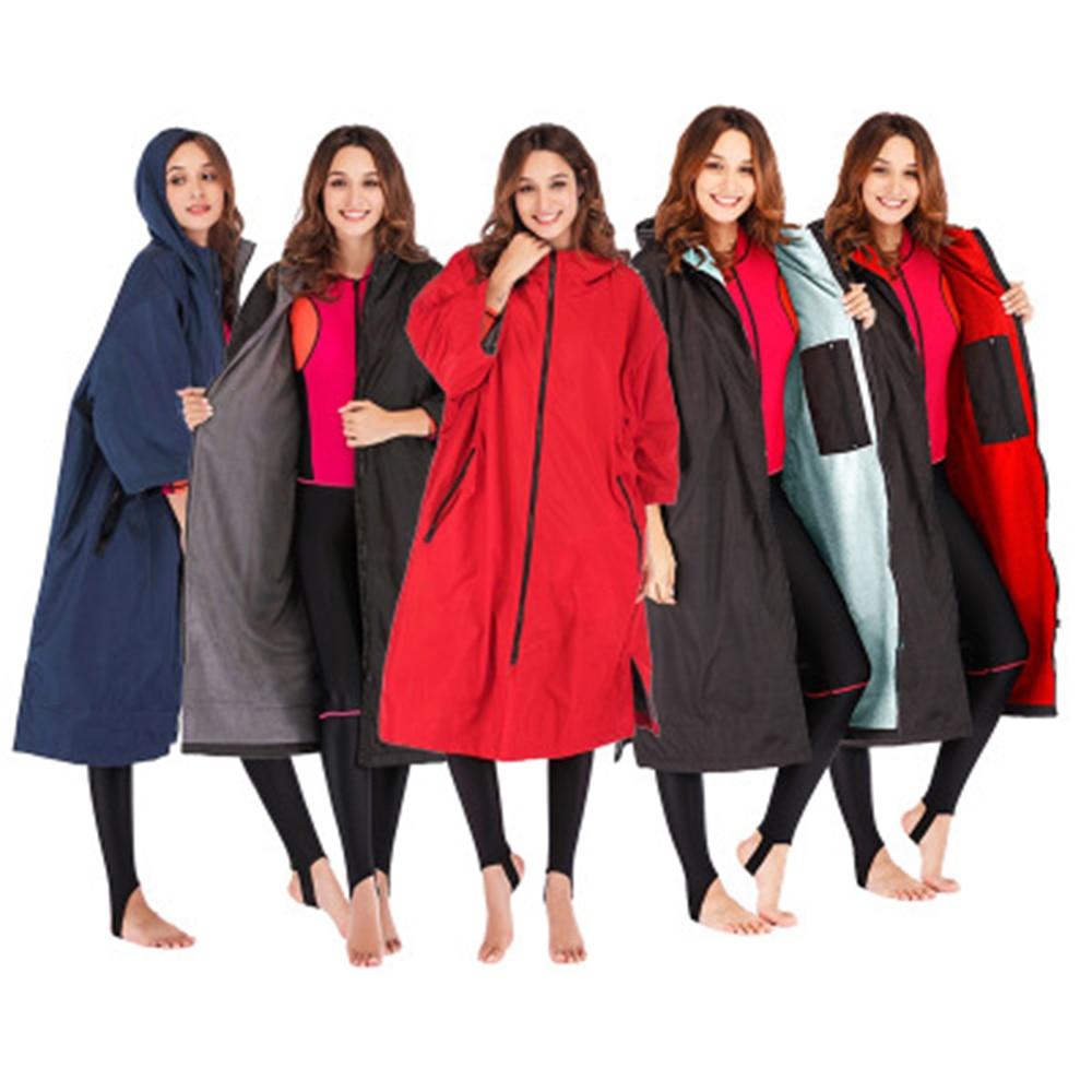 2020 heißer verkauf winddicht wasserdicht hoodie poncho nass anzug trocken robe mit mikrofaser frottee futter