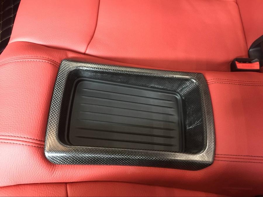 مسند ذراع المقعد الخلفي من ألياف الكربون الجافة ، غطاء حامل الكأس مناسب لسيارات BMW F80 M3 F82 M4 2014