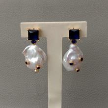 Perle Baroque blanche de culture zircon cubique bleu micro pavé strass boucles doreilles carrées