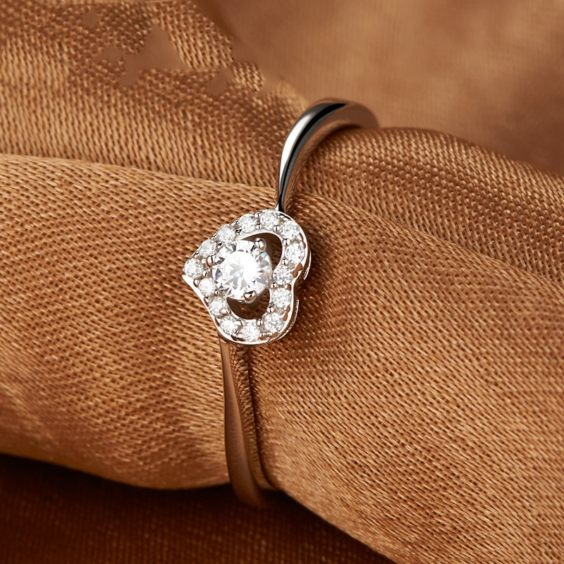 Silver Ring Love Heart Shape Platinum Plated Jewelry