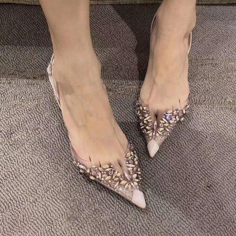 2021 موضة جديدة مثير عالية الكعب أنيقة رقيقة الكريستال الصنادل النساء شفافة حجر الراين أحذية مستدقة أحذية الزفاف النساء