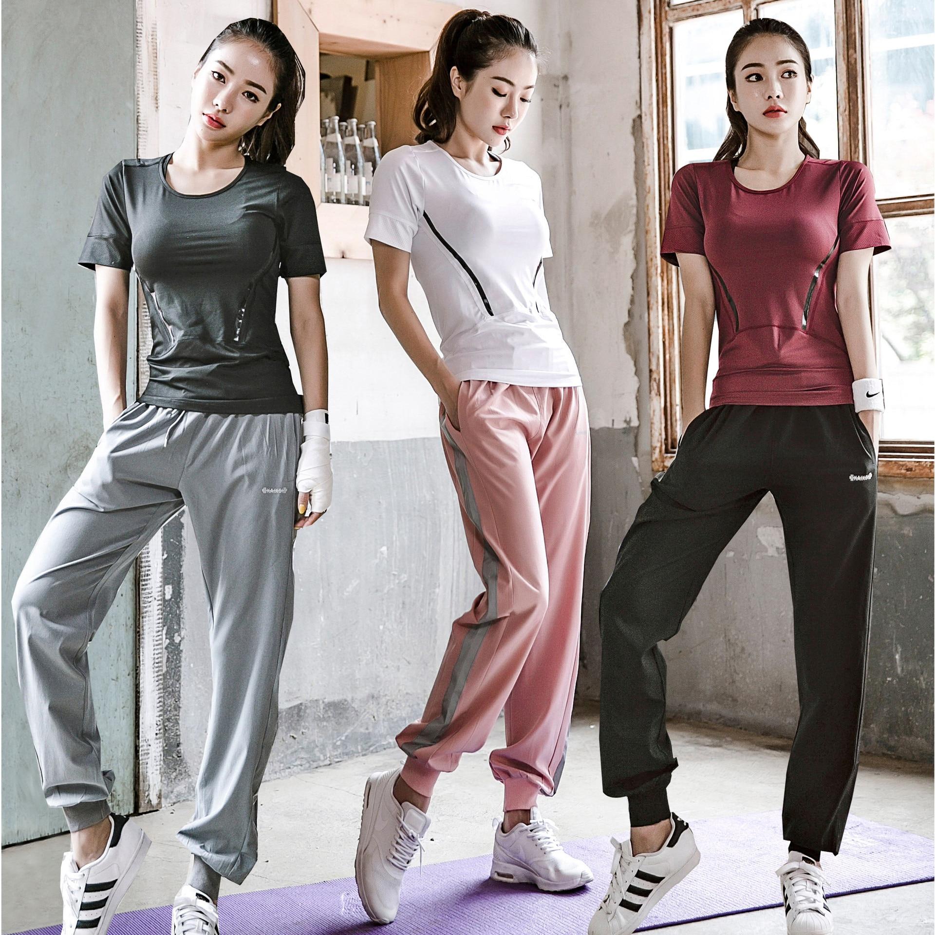 Nueva ropa deportiva para mujer, conjunto de Yoga para mujer, camisa deportiva, sujetador deportivo y pantalones deportivos, conjunto de chándal para mujer