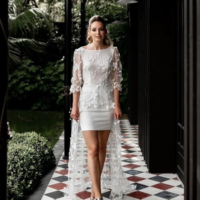 Review Elegant Short Wedding Dresses 2021 High /Low Lace Appliques Backless Sweep Train Three Quarter Organza Bridal Gown For Marriage