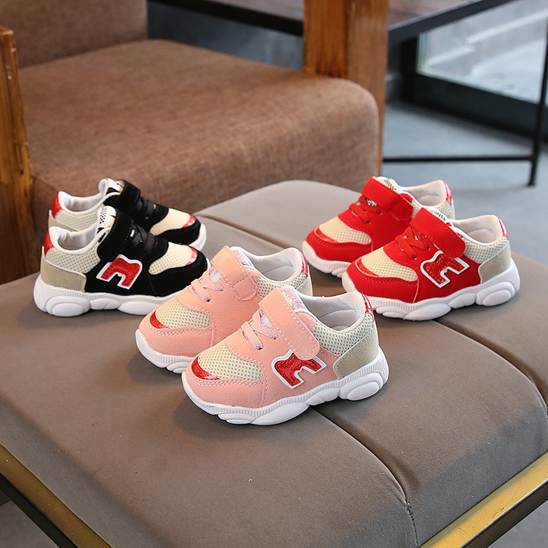 Hot sales LED lighted Children Sneakers Cute Kids Footwear Cool Baby Toddlers Shoes Elegant Sports Running Girls Shoes Tennis