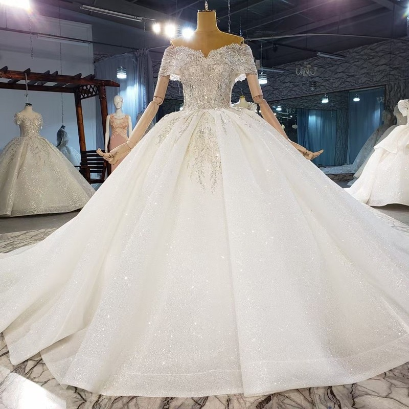 2021 احدث اسلوب رائع مطرز فاخر الكرة ثوب مع قطار طويل فساتين الزفاف فستان زفاف كريستال فستان الزفاف