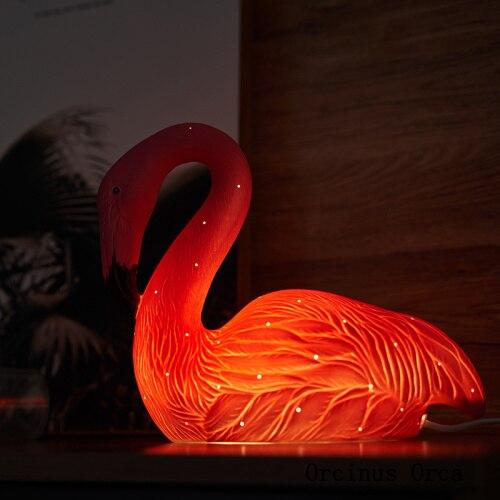 Cartoon creative Flamingo desk lamp bedside lamp in children's bedroom modern minimalist bird ceramic desk lamp