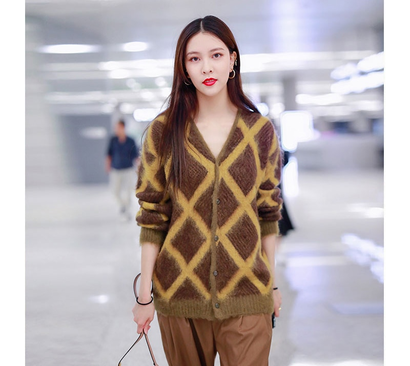 Women Mohair Cardigan Oversized Sweater Coat 2019 Winter V-neck Single Breasted Argyle Knitted Sweater Coat Loose Warm Outwear enlarge