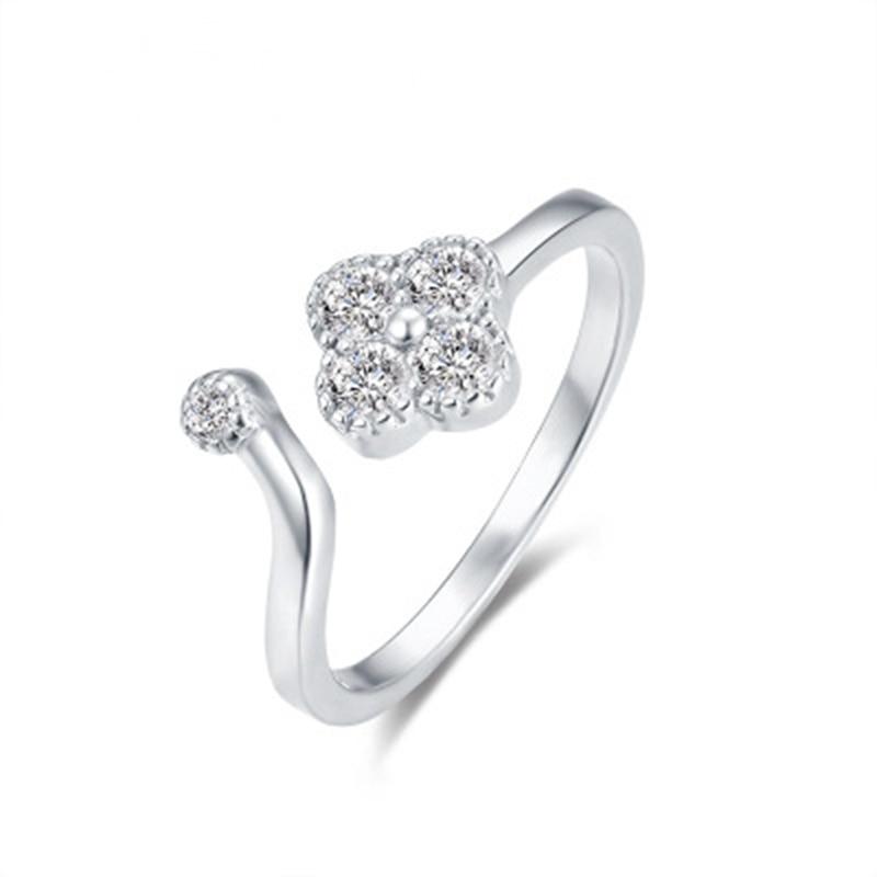 S925 plata de ley trébol Zircon MS anillo ligero y exquisito y versátil anillo ajustable vivo 11-M0080