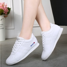 Competitive Aerobics Dance Shoes Girls Kids White Hip-hop Jazz Shoes Women Gym Fitness Shoes Soft So