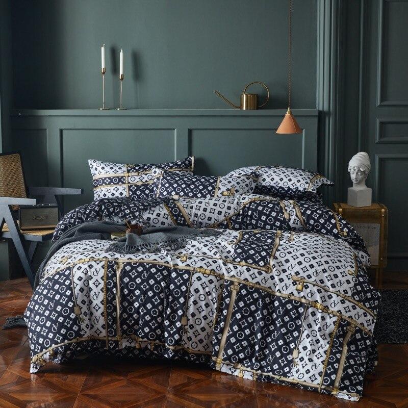 2021New الفاخرة المطبوعة 4 قطعة مجموعات الفراش منقوشة شريط لحاف سرير الحجم المزدوج مجموعة واحدة مزدوجة الملكة لينة ملاءات السرير